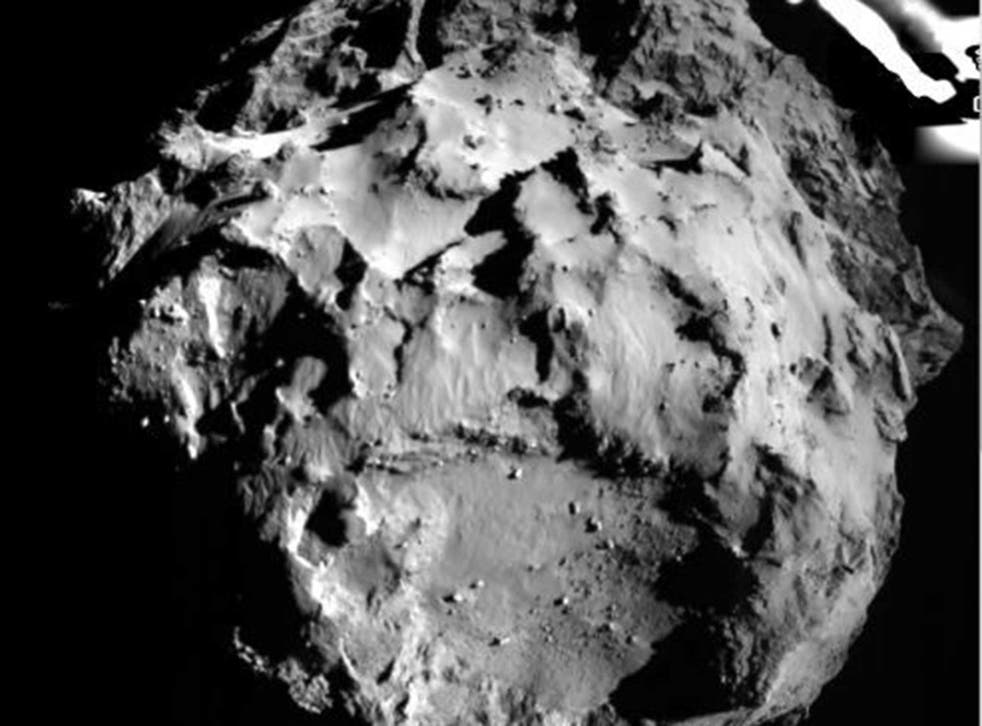 The 67P/CG comet as seen from the Philae lander
