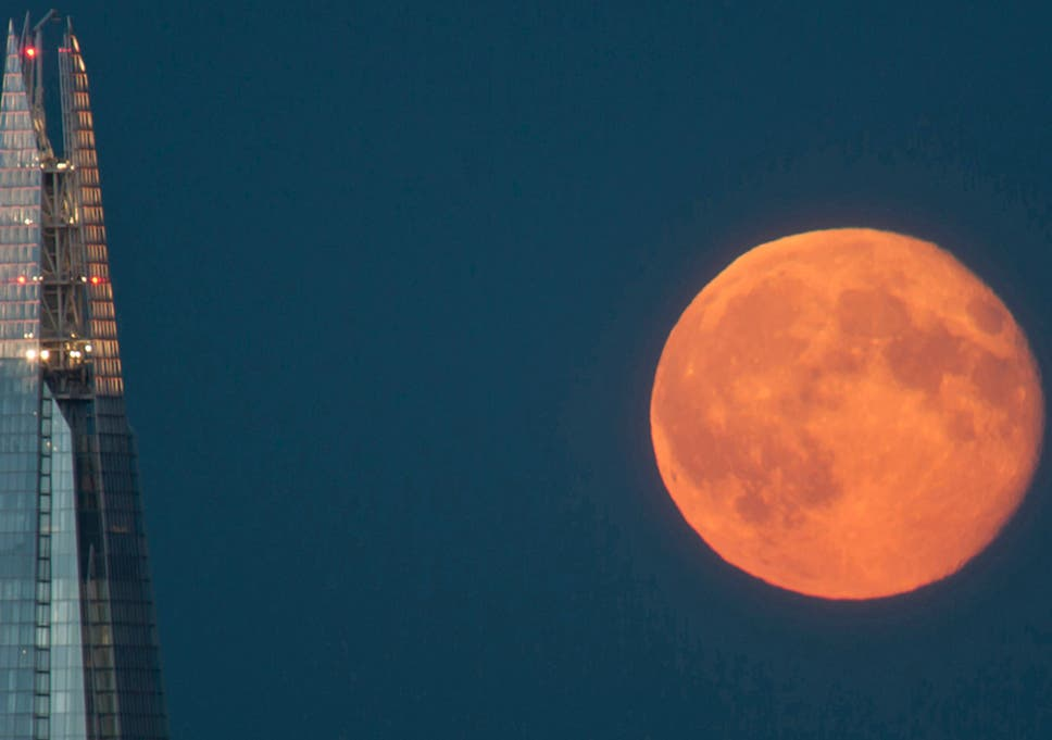Watch The Supermoon Live How To See The Brightest Moon Of The Year