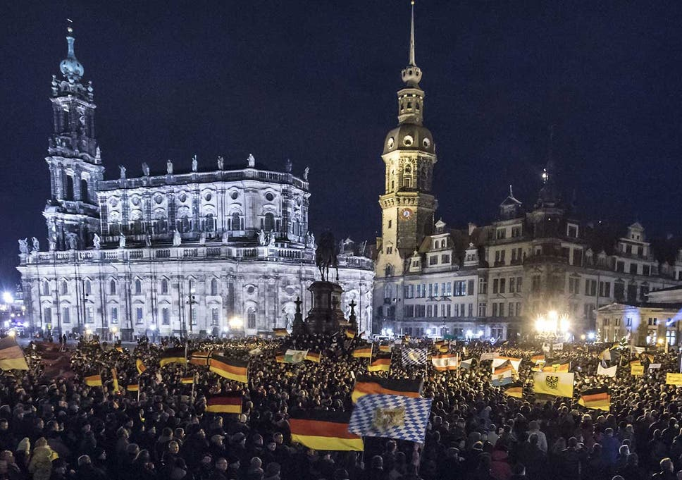 Germany anti-Islam protests: 17,000 march on Dresden against