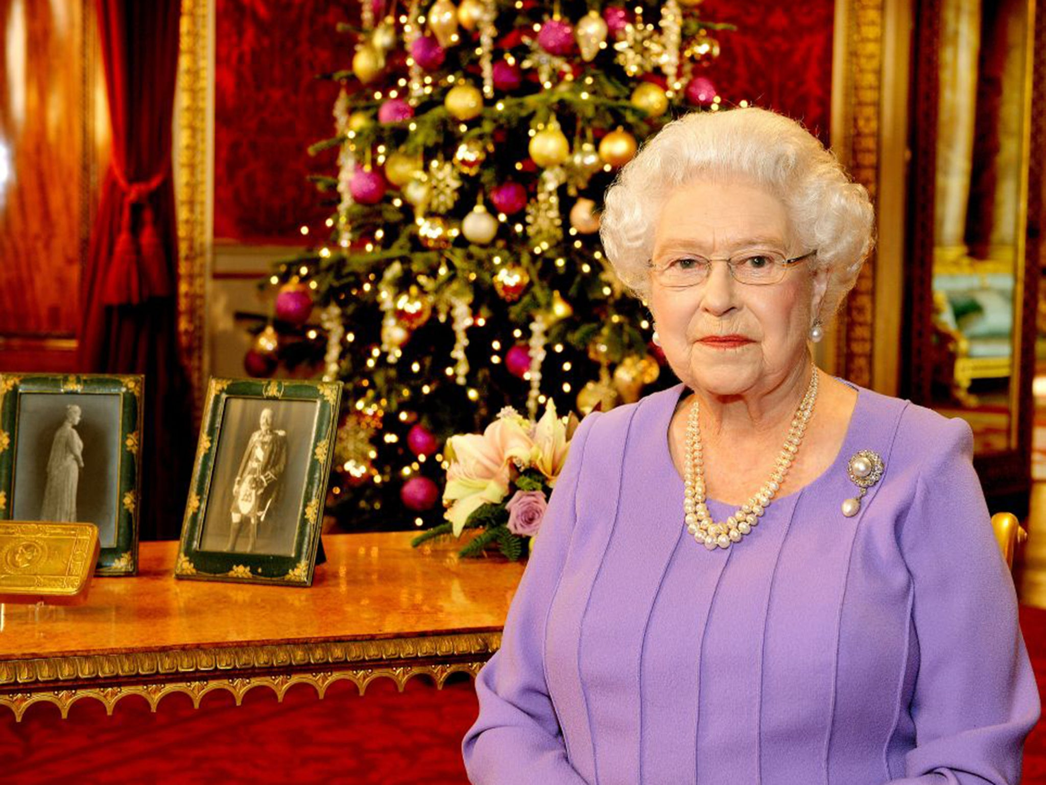 Decoding the Queen's speech: Was Her Majesty taking a swipe at ...
