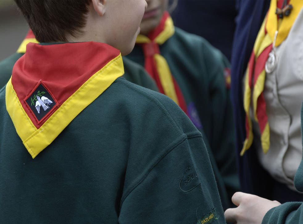 Cubs, Scouts & Air Scouts take part in St Georges Day memorial service