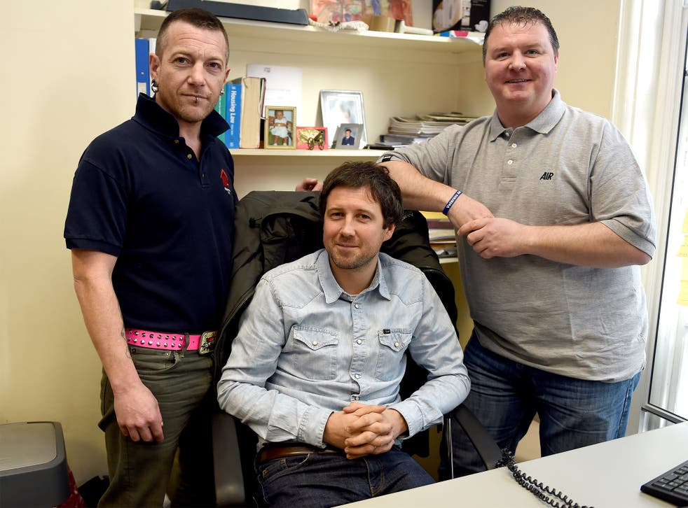 Phil Rogers, from Veterans Aid (centre), with Daz Mullard (left) and Paul McEwan