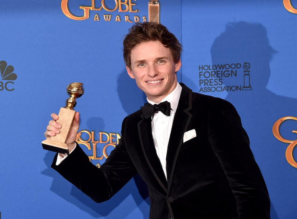 Eddie Redmayne with his Golden Globe for Best Actor in a Motion Picture (Drama) for his portrayal of Stephen Hawking
