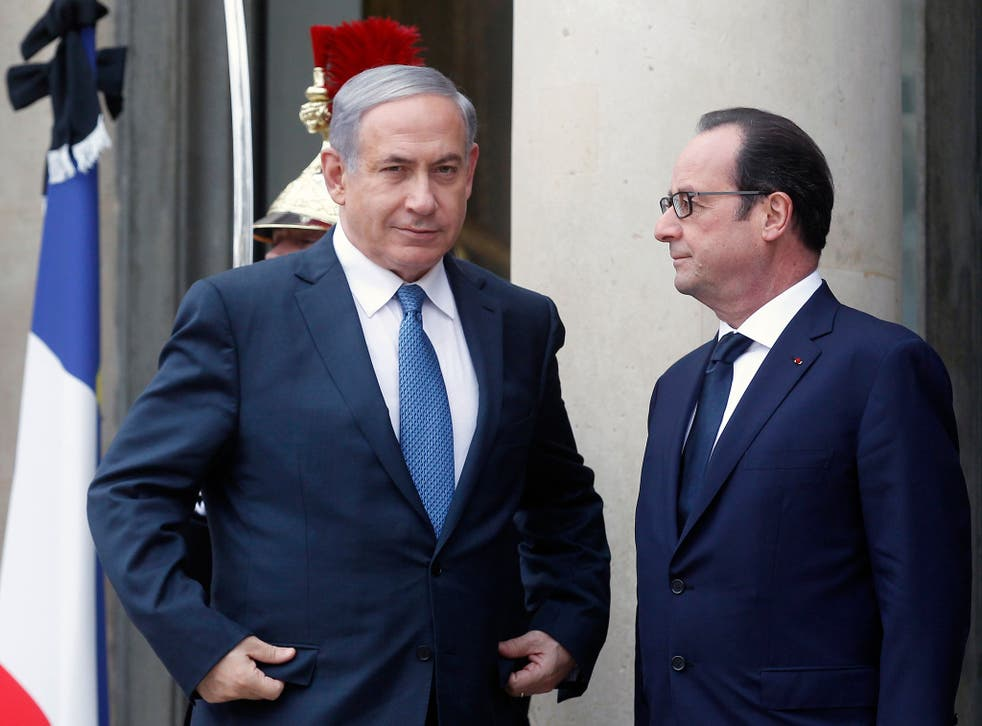 Israeli Prime Minister Benjamin Netanyahu with French President Francois Hollande ahead of Sunday's Paris march