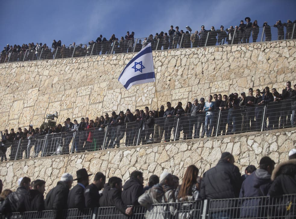 Mourners gather in Israel for the funeral of 4 of the victims of the attack on a Paris kosher grocery store