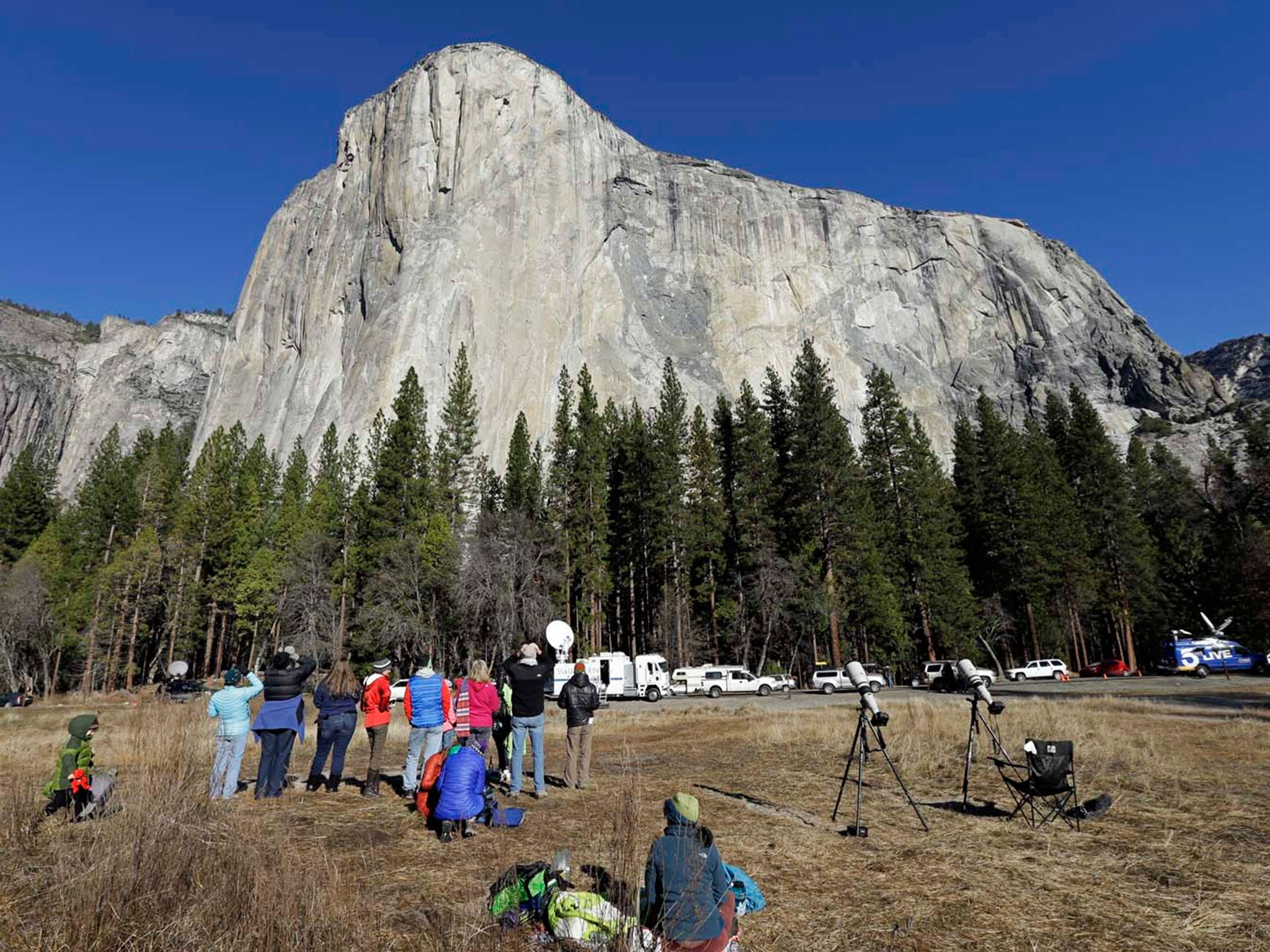 Yosemite deaths: Couple fall from iconic photo spot Taft