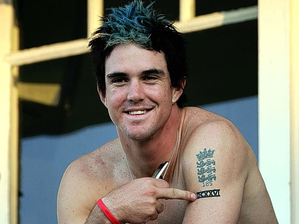 Stephen brenkley i love me kevin pietersen finds another way to kevin pietersen displays the three lions tattoo he now blushes at gumiabroncs Gallery