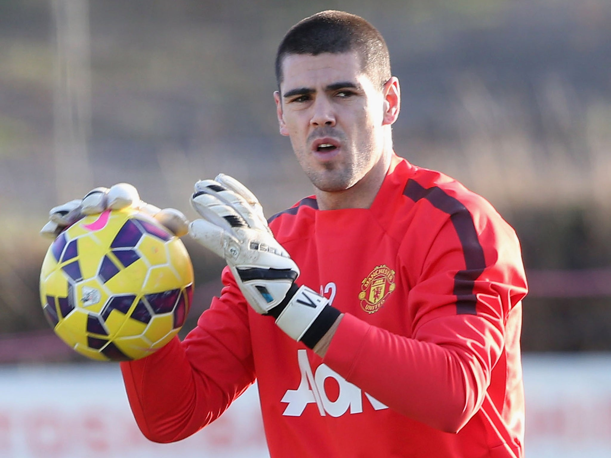 Victor Valdes debut Cambridge vs Manchester United set to be