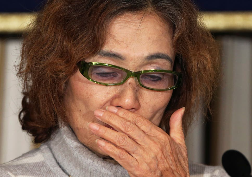 Japanese hostage's mother pleas with Isis kidnappers: Please free my son...  he is no enemy of yours