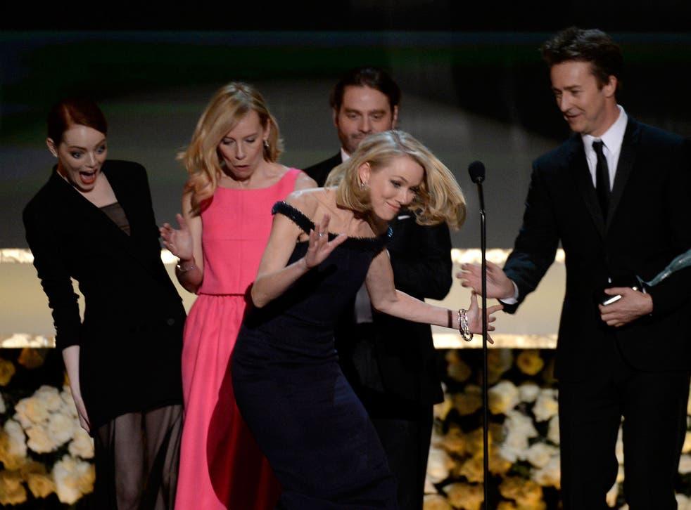 Emma Stone, Amy Ryan, Naomi Watts, Zach Galifianakis, and Edward Norton at the 2015 Annual Screen Actors Guild Awards.