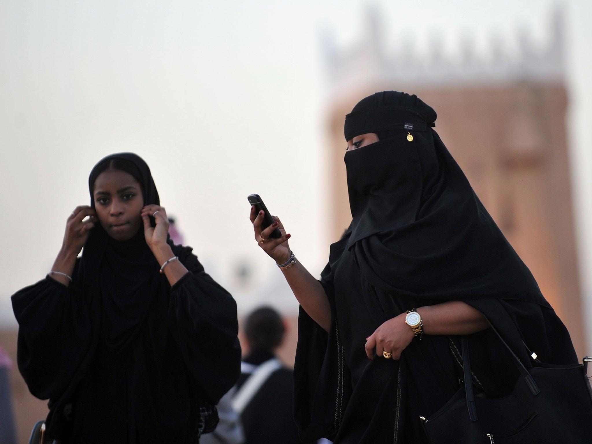Saudi women hit back at hashtag claiming men 'don't want girls on Twitter'