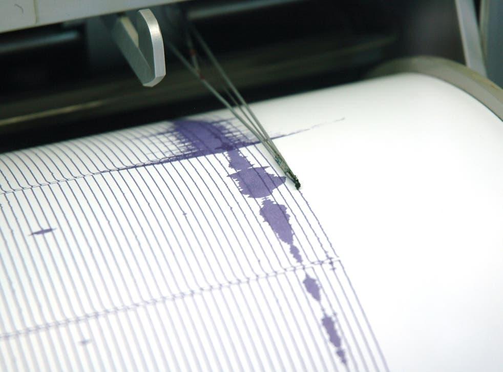 Un enjambre de cuatro pequeños terremotos sacudió el norte de California y dejó a los residentes preocupados de que uno grande pudiera estar en camino.