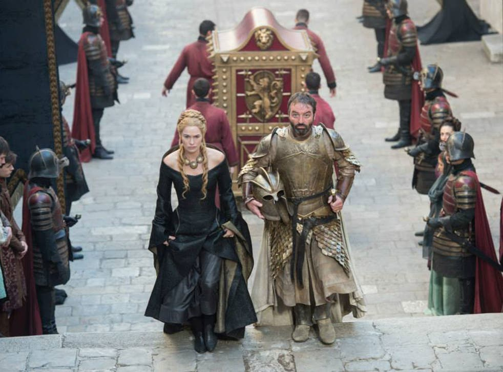 Lena Headey as Cersei Lannister and Ian Beattie as Meryn Trant in the fifth season of Game of Thrones