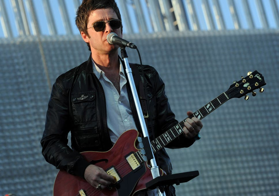42b80bd9c9e Noel Gallagher told he would  drop dead  if he stopped taking tablets for  mystery illness