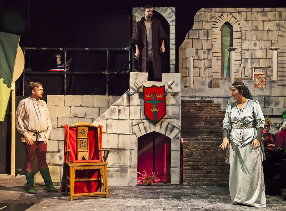 The production of 'Robin Hood' the children went to see (Ka