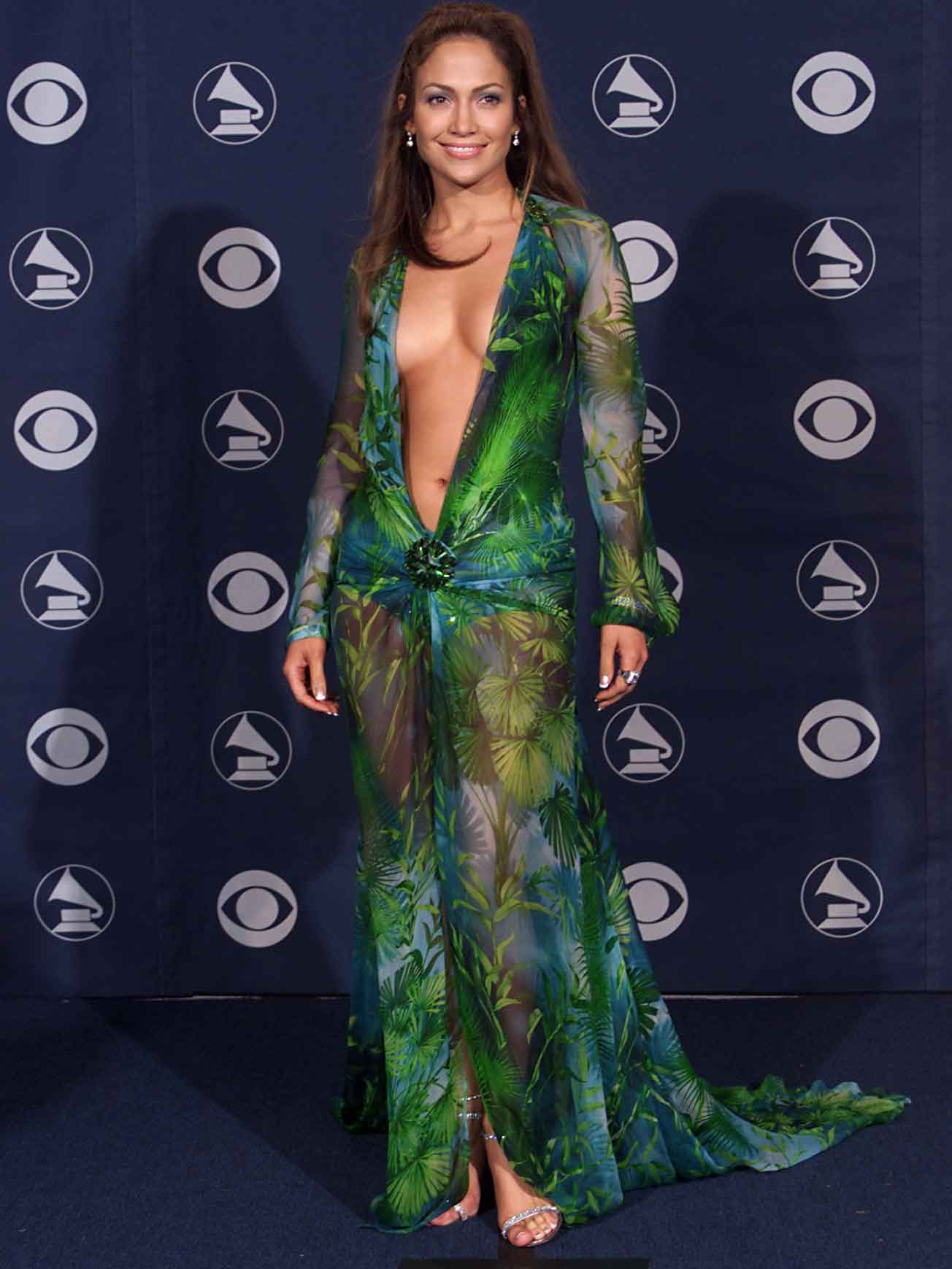 Jennifer Lopez's green Versace dress led to the creation of Google ...