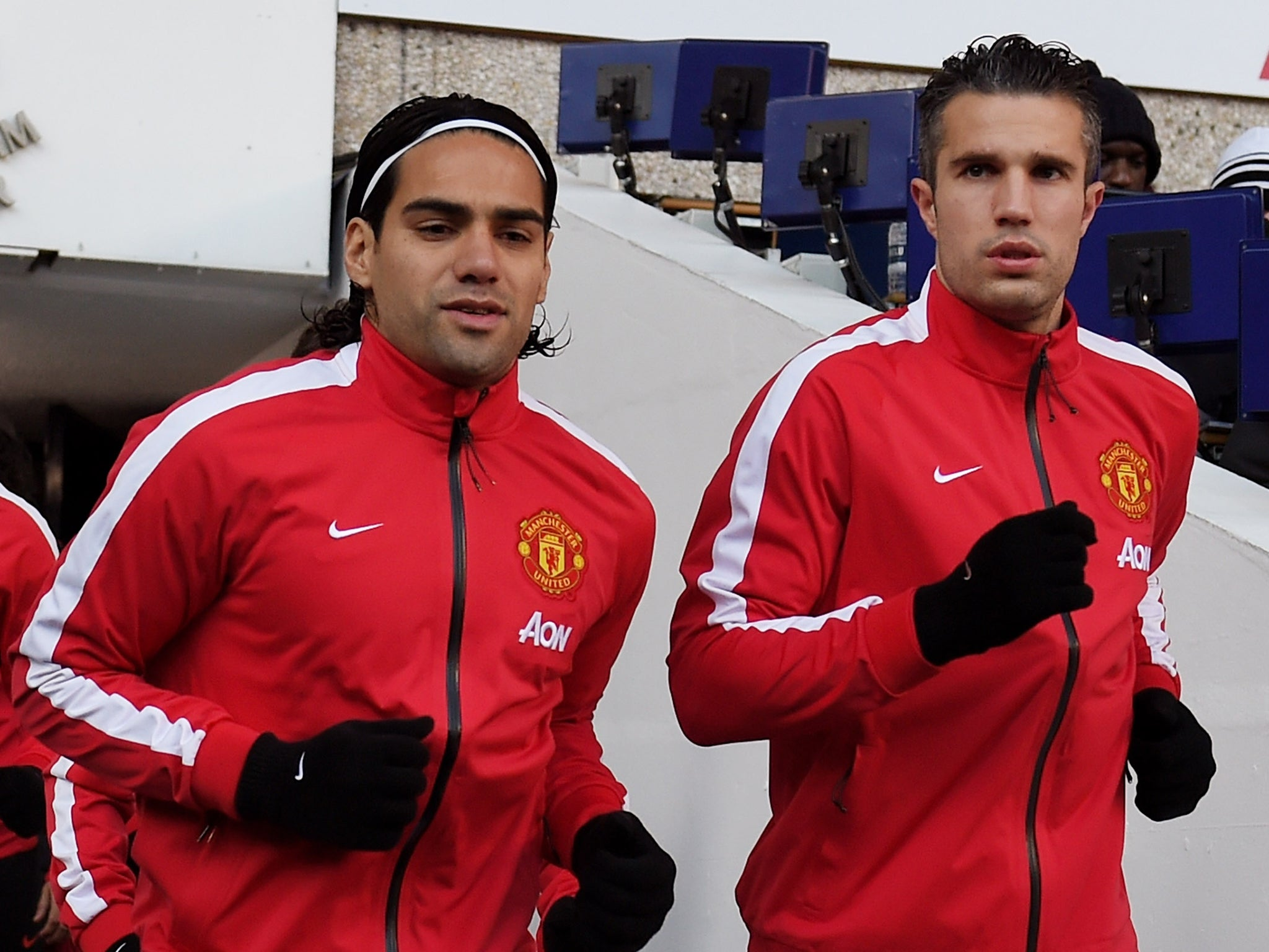 Manchester United injury news: Robin van Persie returns providing headache over Radamel Falcao and Wayne Rooney roles