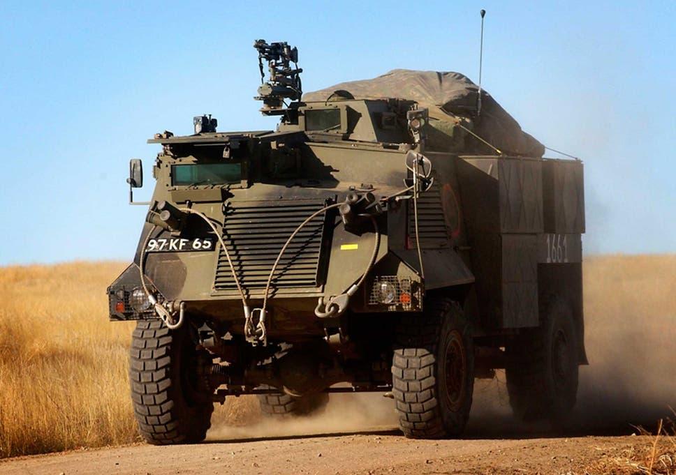 ukraine crisis former british armoured vehicles arrive in conflict
