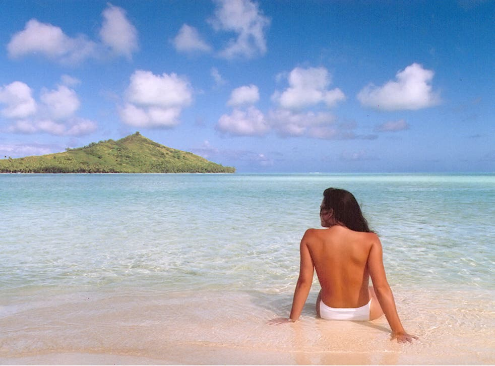 'Jennifer in Paradise': the first ever image to be edited in Photoshop. It shows Thomas Knoll's then-girlfriend and now wife, in Bora Bora, and was taken in August 1988