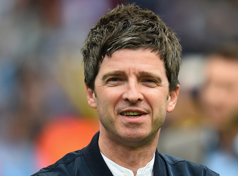 Noel Gallagher said he once hid in a hotel room to avoid the Hole singer