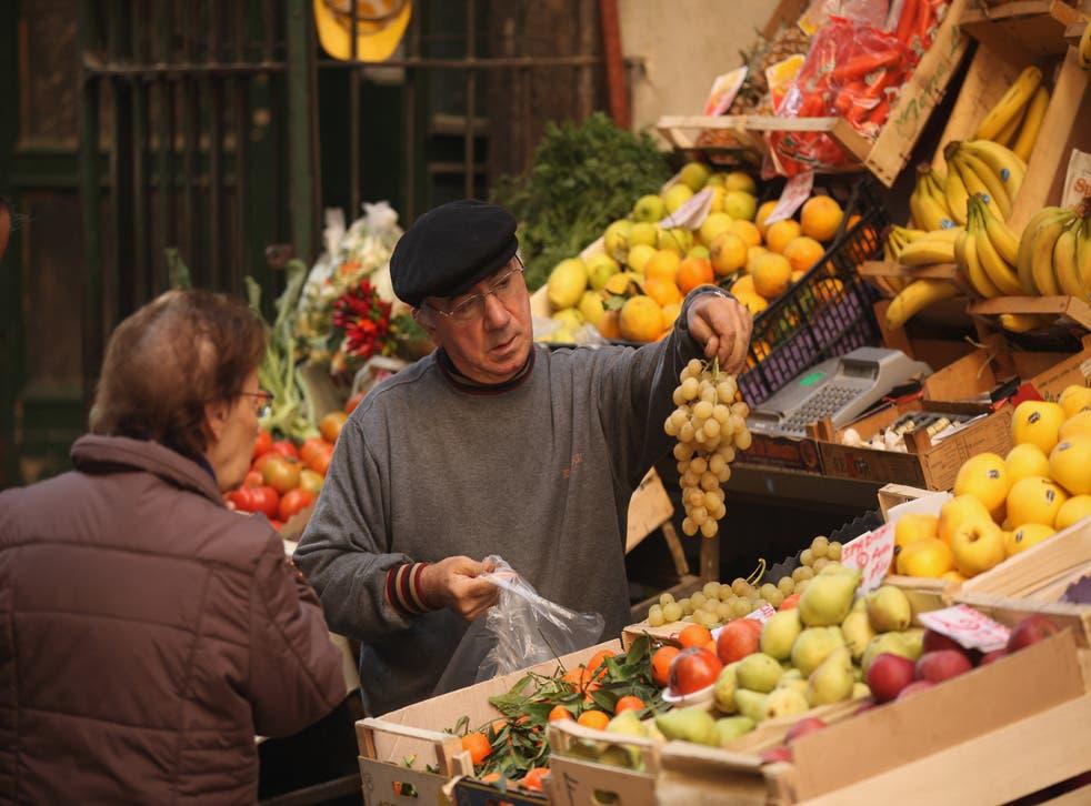 Mediterranean diets that ward off diabetes could help beat dementia