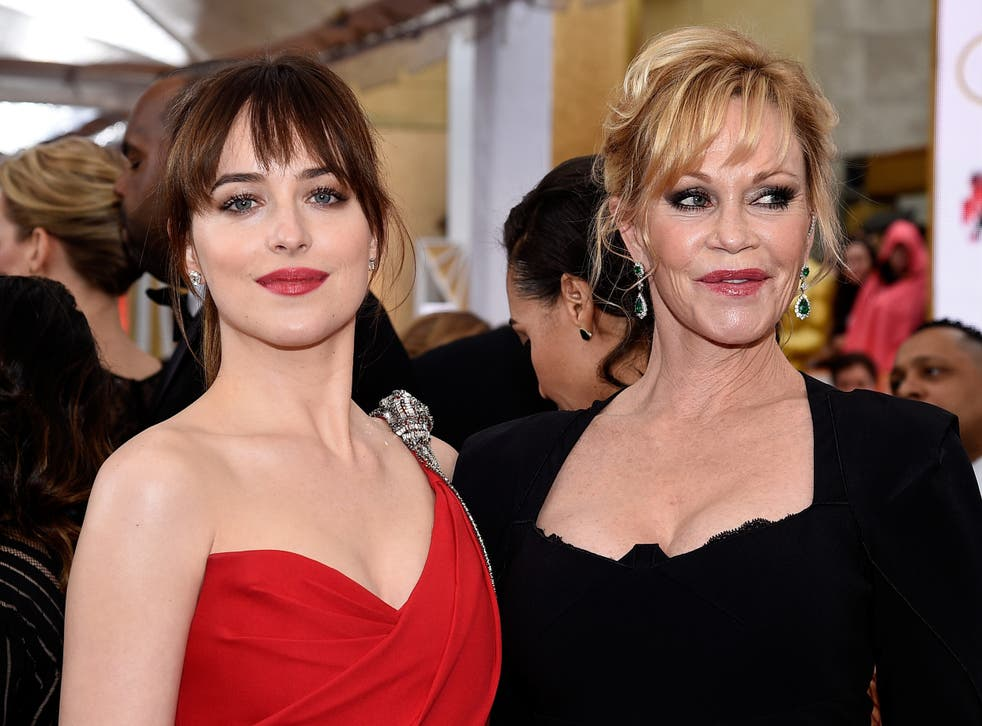 Melanie Griffith and Dakota Johnson at the 2015 Oscars. You could have cut the tension with a knife
