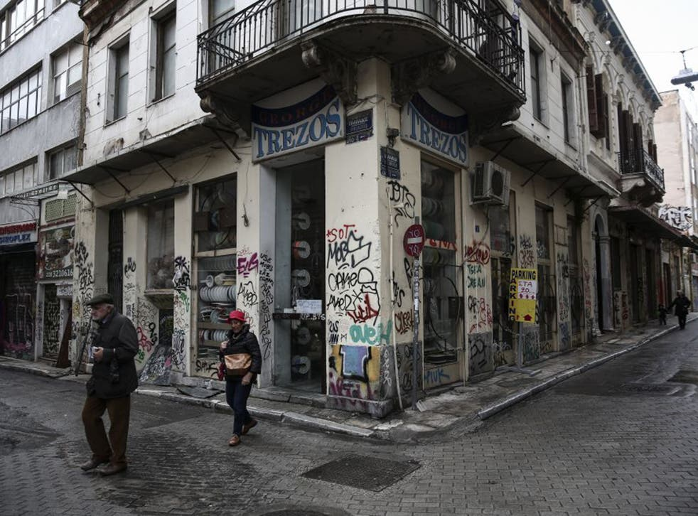 Athens' commercial districts were quiet yesterday, as a possible government split looms