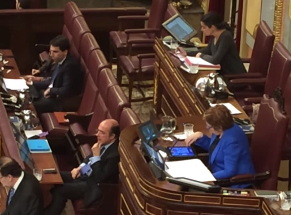 Spanish deputy speaker Celia Villalobos was playing Candy Crush during a state of the nation debate