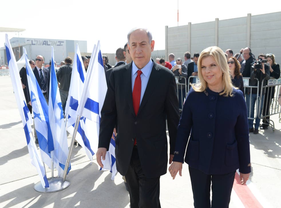 Benjamin Netanyahu and his wife Sarah left Israel for a 48-hour trip to the US