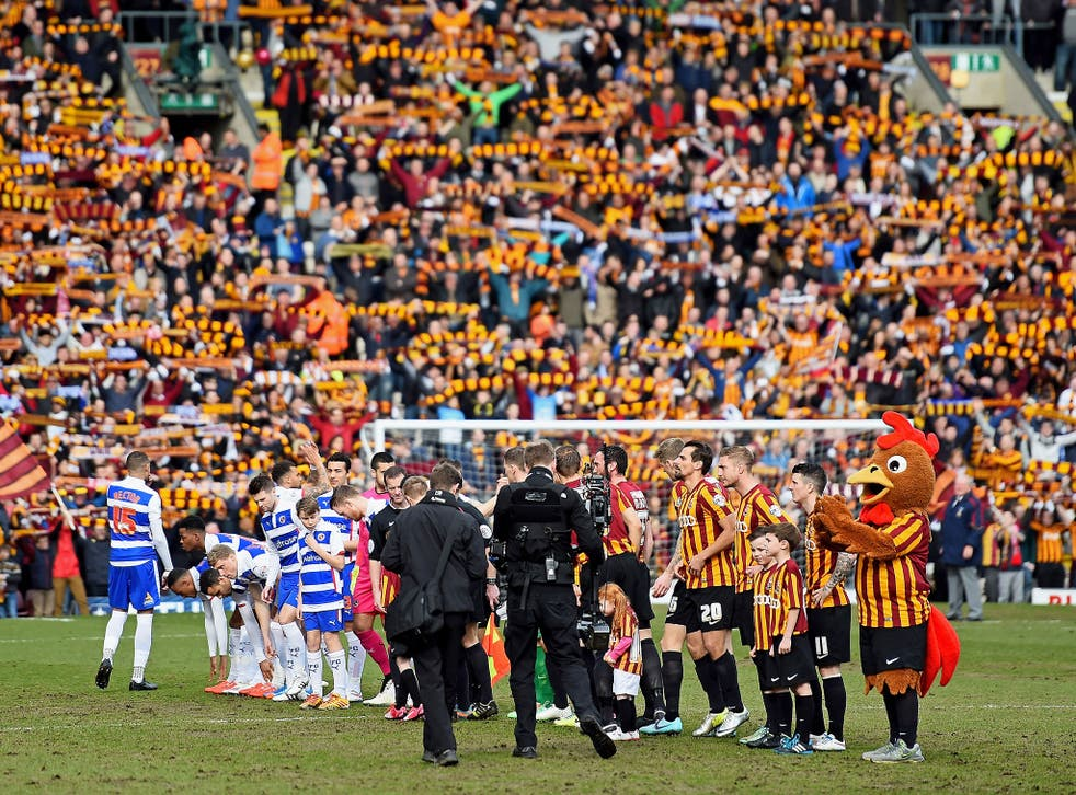 Reading and Bradford players line-up before kick-off