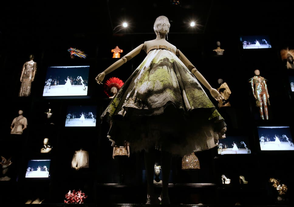 e5cf2e430d07 Alexander McQueen  Savage Beauty review - Insight into the tragic  complexity of a creative mind