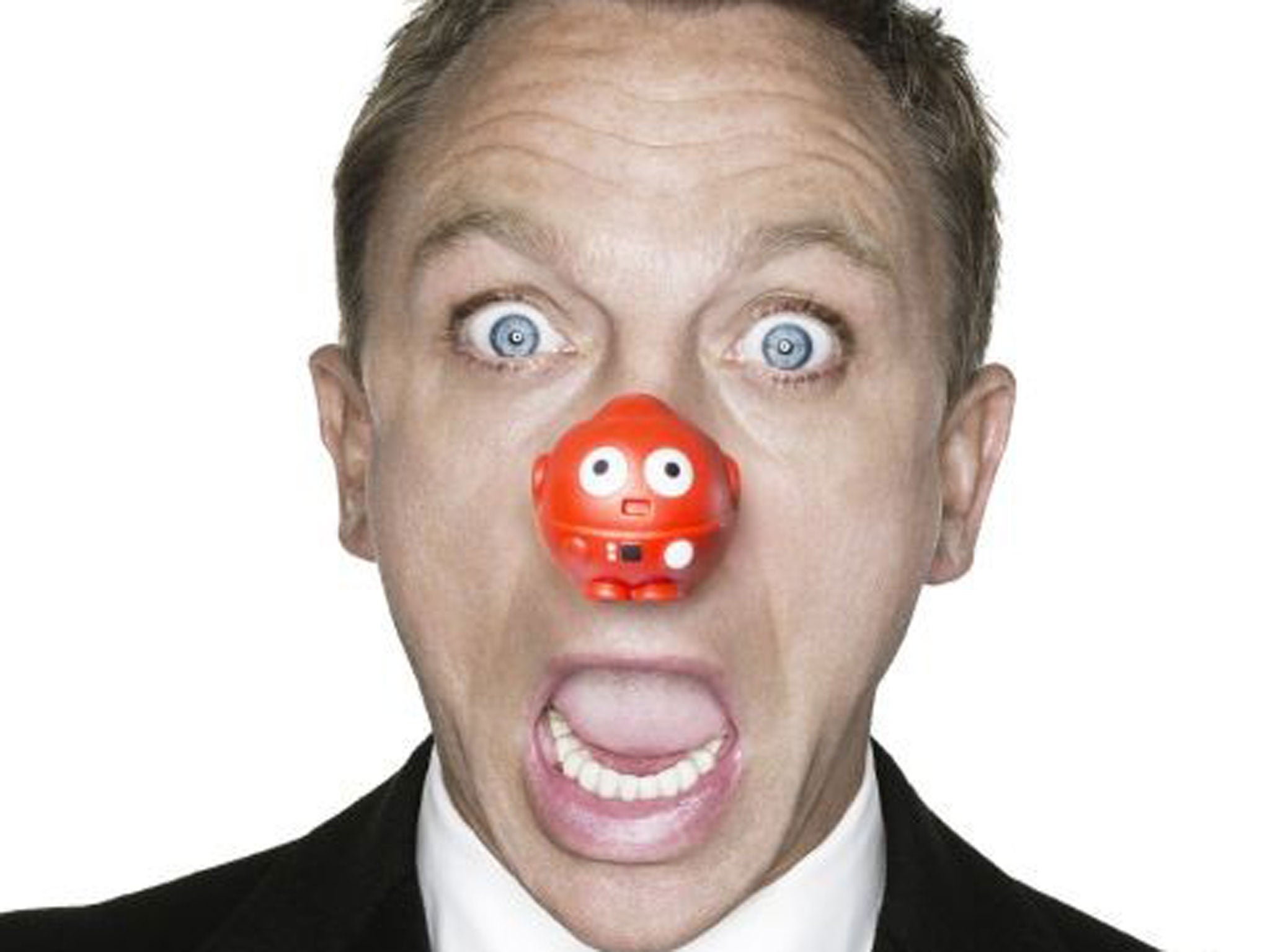 red nose day 2015 daniel craig and sir roger moore to star in james bond comic relief sketch