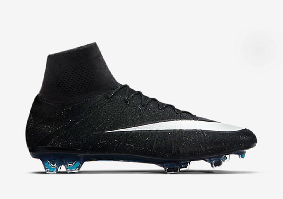 109aa4e50e48 Nike s new Mercurial Superfly CR7 Silverware s specially made for Ronaldo