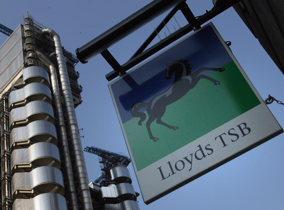 Lloyds shares will be sold to the public at a discount