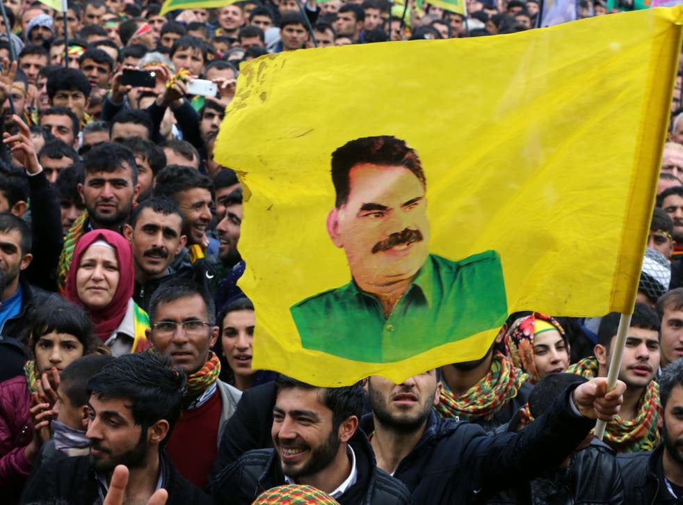 Nowruz crowds listen to the PKK leader in Diyarbakir on Saturday