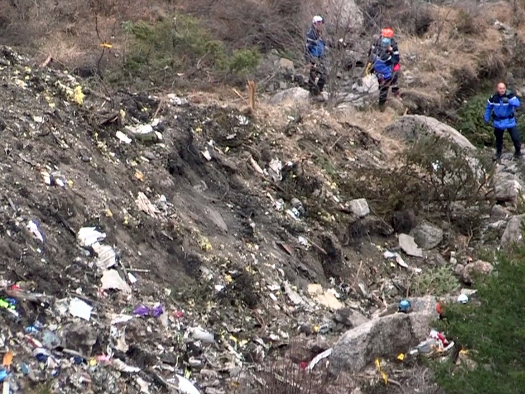 Germanwings plane crash live: British victims named as investigation continues in French Alps ...