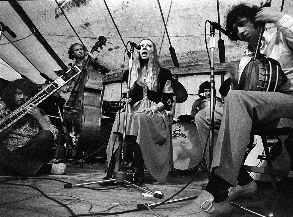 Pentangle at the Cambridge Folk Festival in 1969, from left to right, Renbourn, Danny Thompson, Jacqui McShee, Terry Cox and Bert Jansch