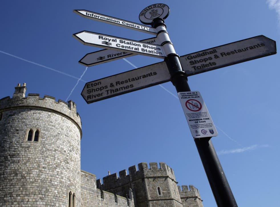 Wardens at Windsor Castle say they have shown goodwill over pay in recent years