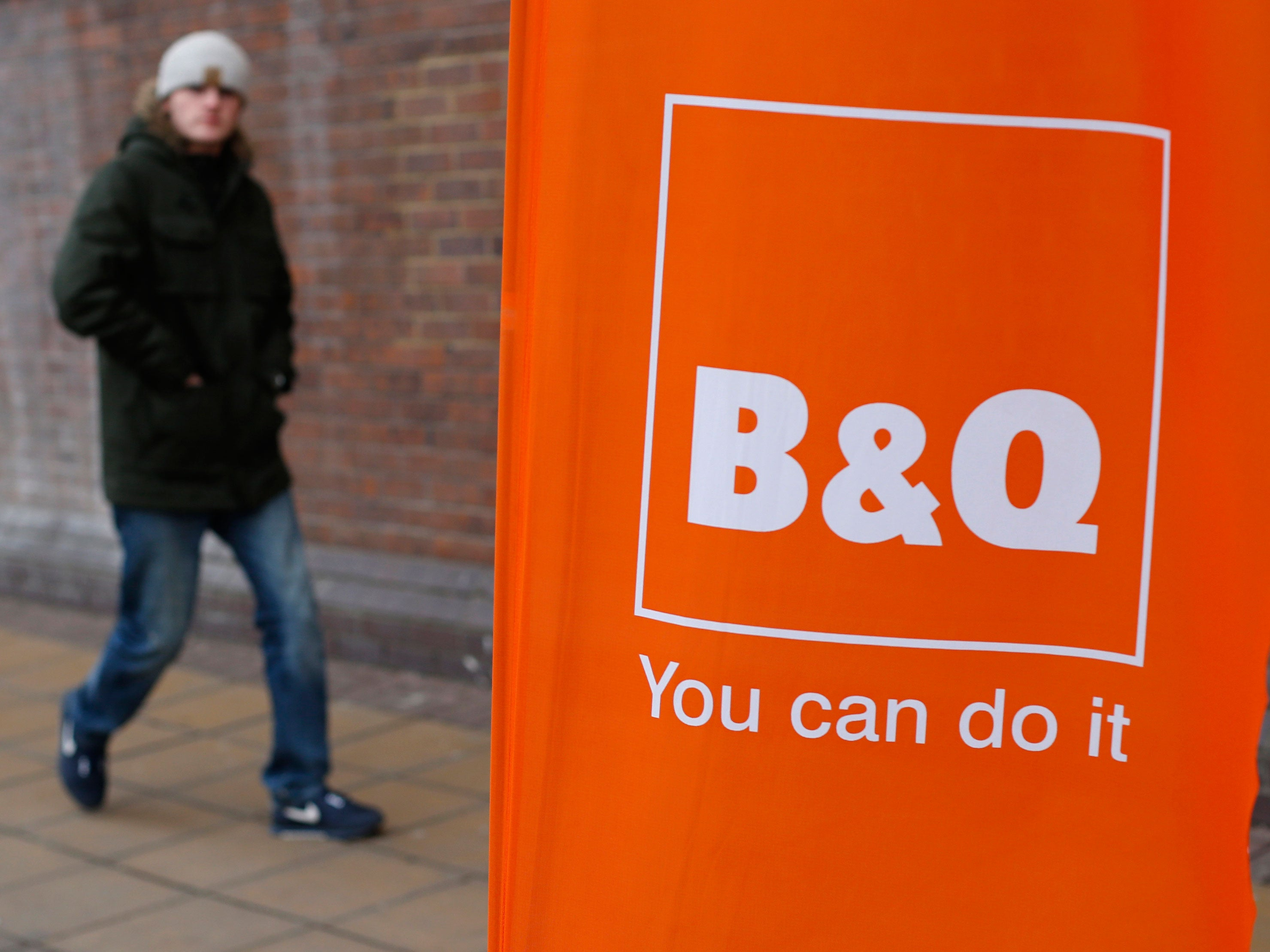 b q stores to close in southampton dundee and barnsley. Black Bedroom Furniture Sets. Home Design Ideas