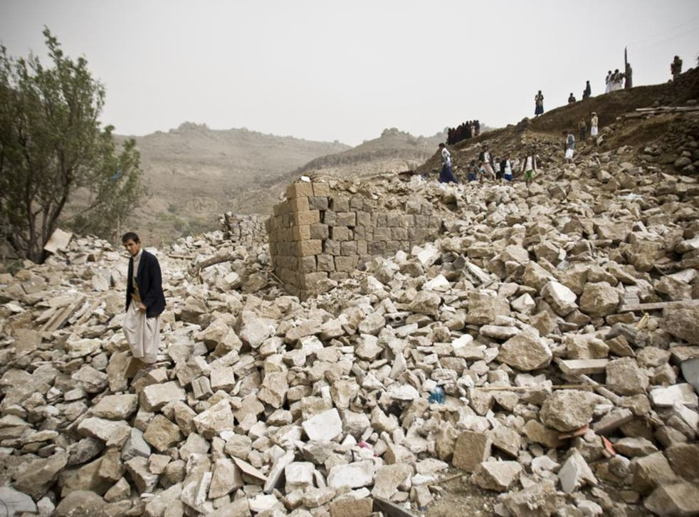 Saudi-led air strikes over the past 12 days have failed to stop the Houthi advance across Yemen towards Aden