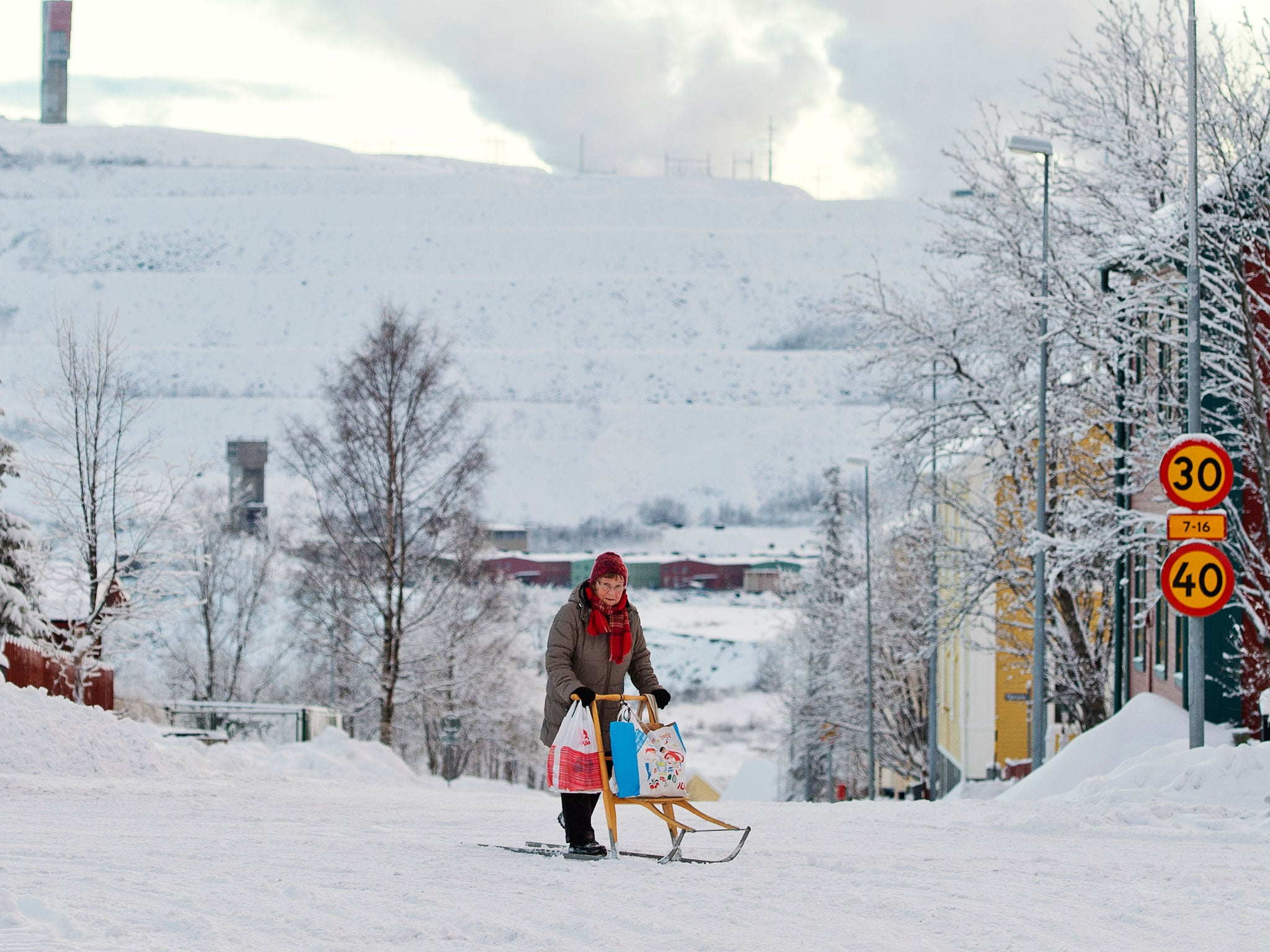 Kiruna: The Swedish town which must move or disappear into the ground