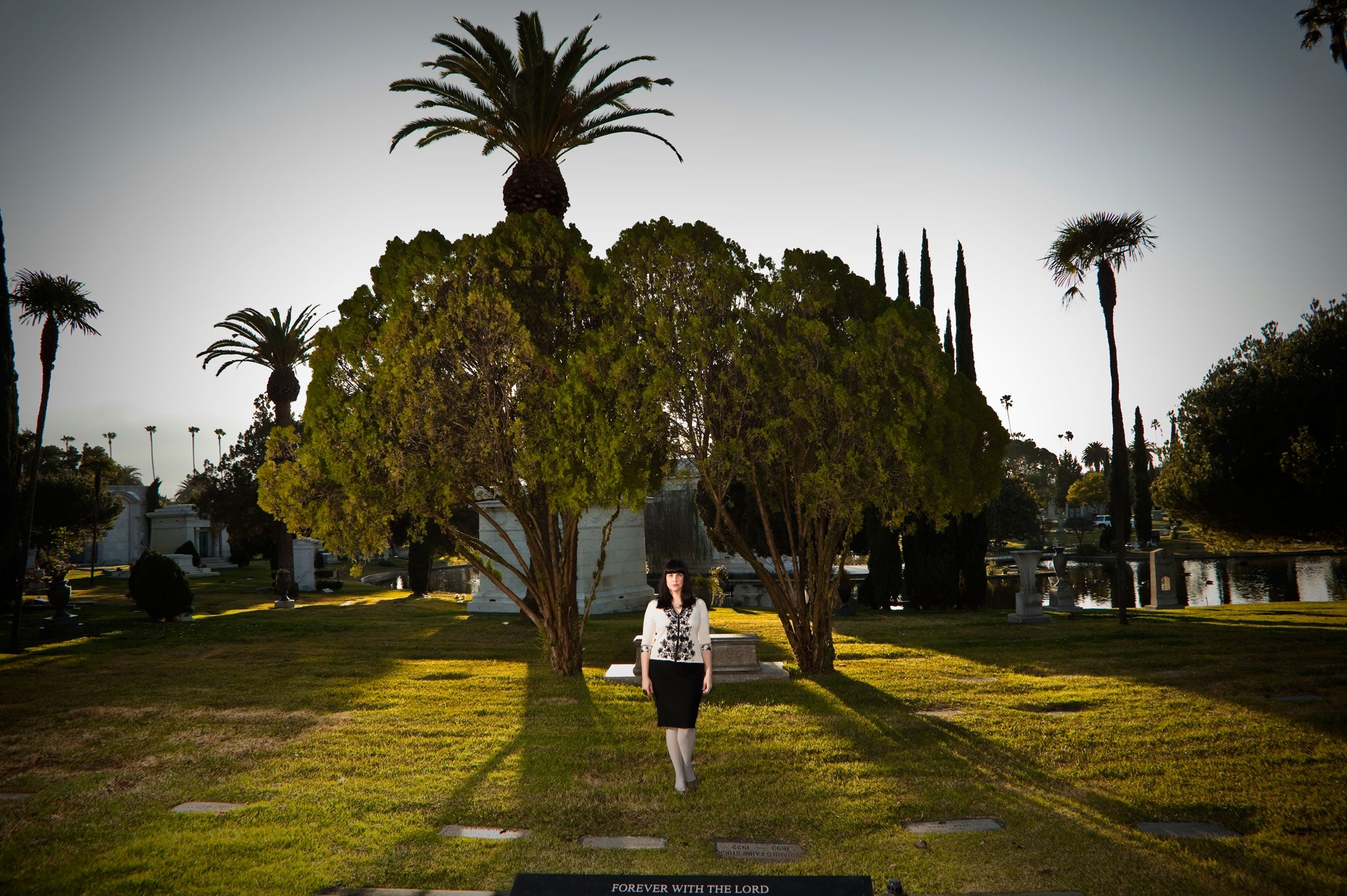 Exclusive Book Extract Mortician Caitlin Doughty Reveals What Life
