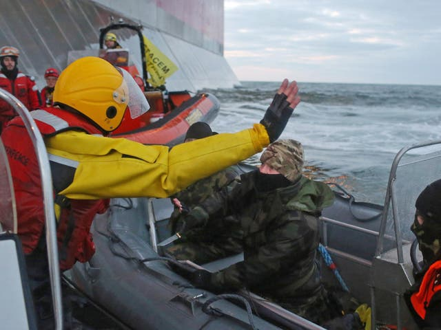 Sunrise confronted; 30 Greenpeace activists protesting against Gazprom's oil drilling in the Arctic were arrested by the Russian authorities in October 2013