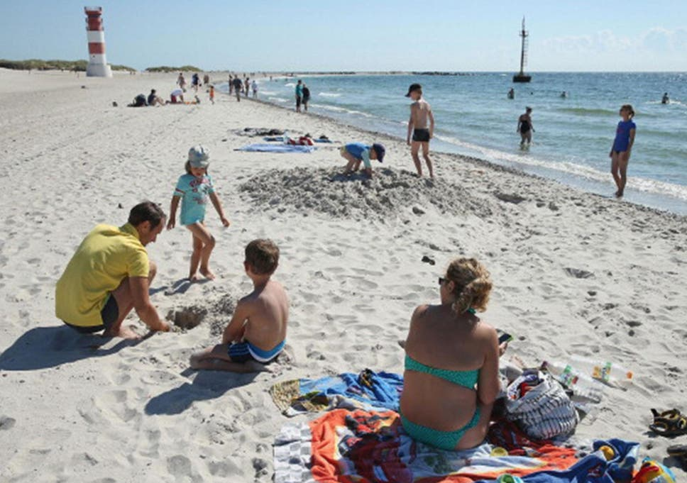 Families could face fines of thousands of pounds for taking their children  on holiday in term 9c503328c