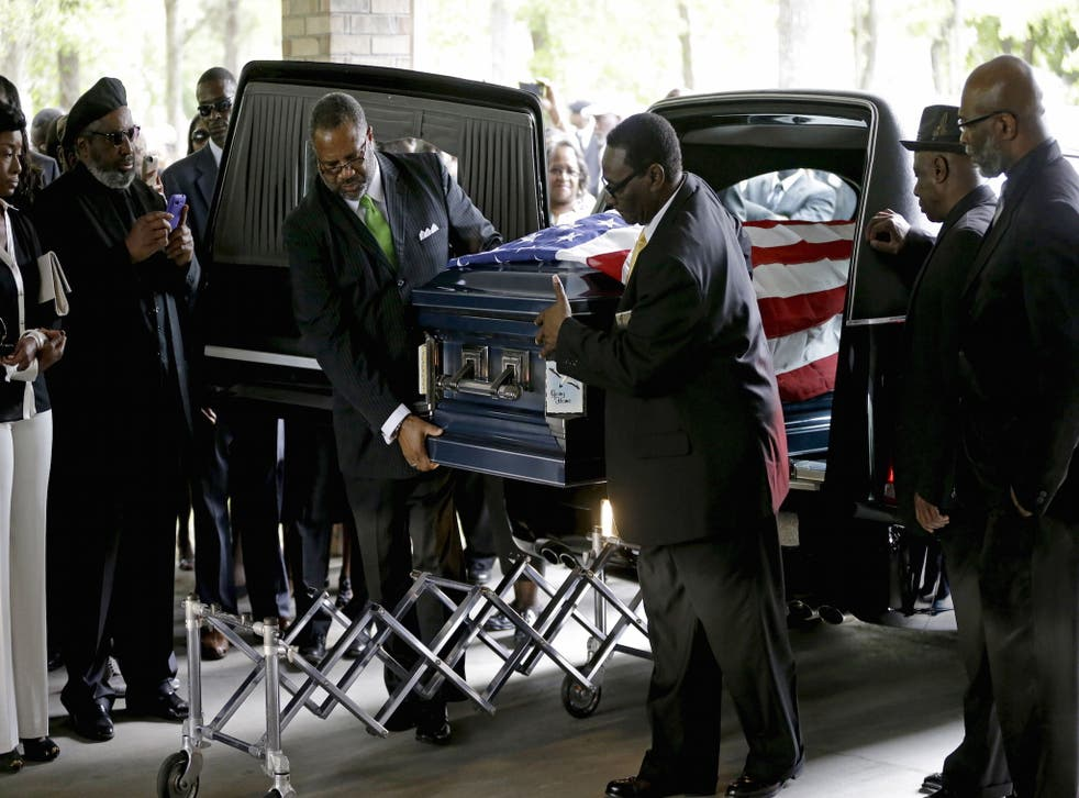 Hundreds attended the funeral service of Walter Scott