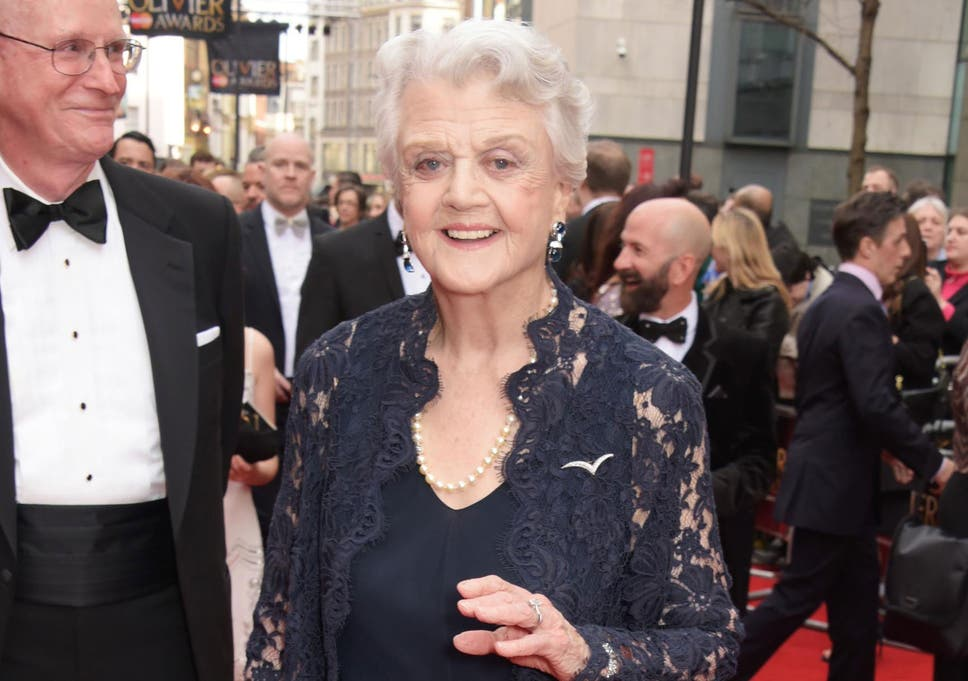 The Painful Backlash Against No Excuses >> Angela Lansbury Devastated Over Sexual Harassment Comment Backlash