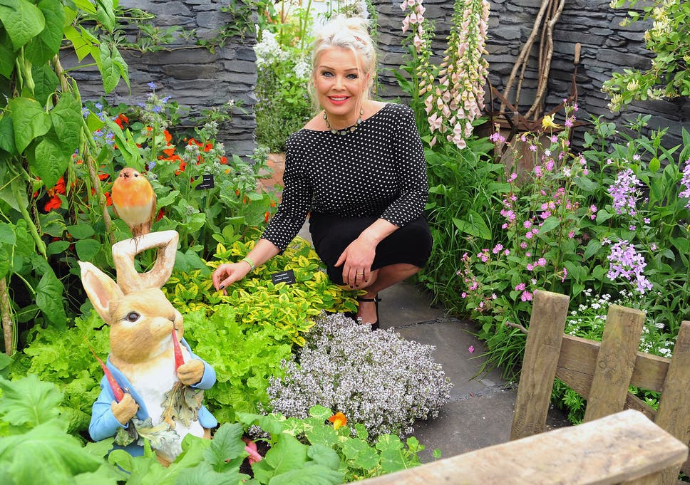 kim wilde began gardening in the 1990s when she moved to the countryside - Wilde Garden
