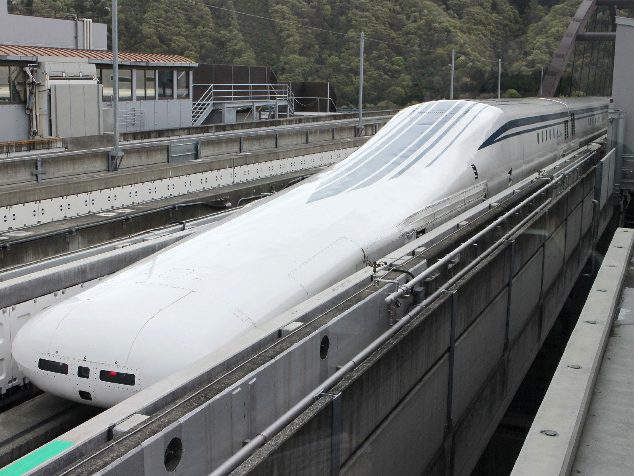 how to make maglev train at home