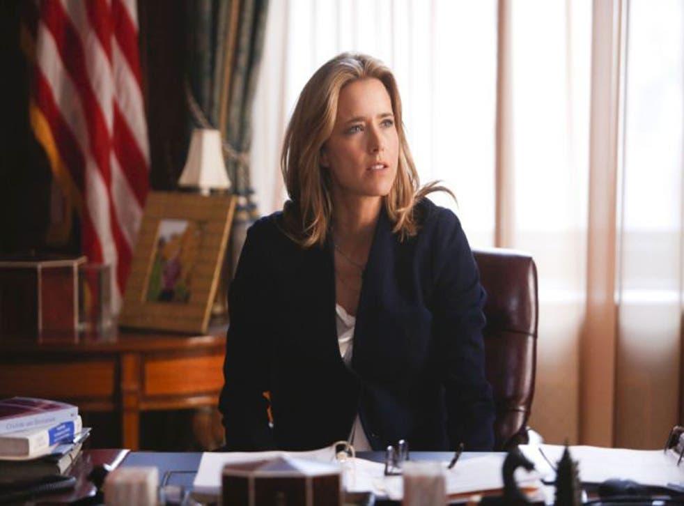 Téa Leoni as Elizabeth McCord in Madam Secretary