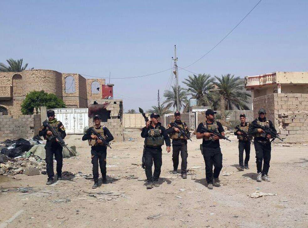Iraqi anti-terrorism forces patrol in Ramadi, Iraq
